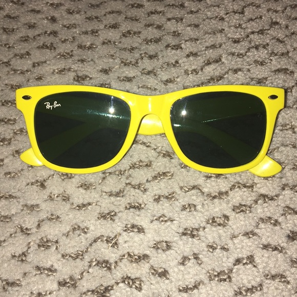 ad733e96863c04 Yellow Rayban Wayfarer sunglasses. M 5a823ff9a44dbe4653334880. Other  Accessories ...